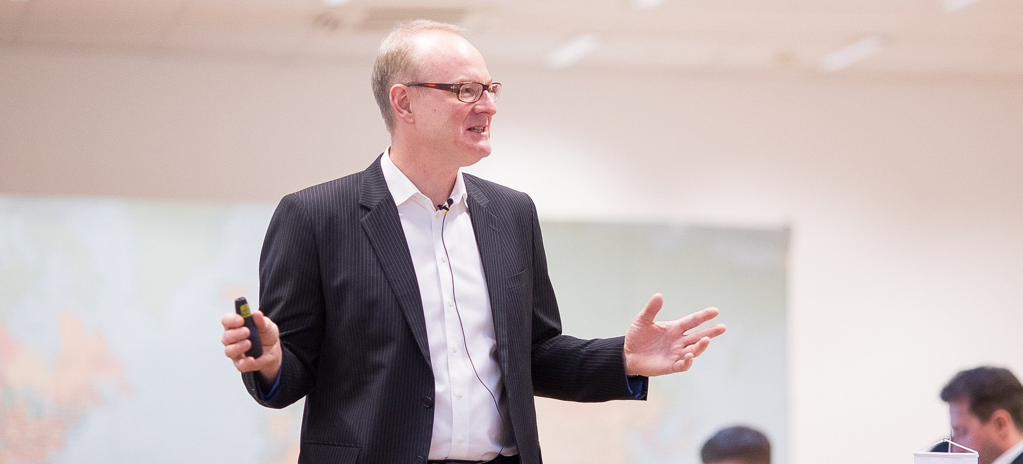 Martin Roll Teaches New MBA Presentation Skills Class At Nanyang Business School - July 2018