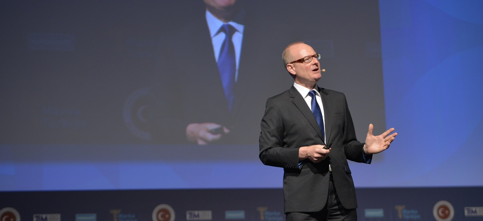 Martin Roll as Keynote Speaker at The INSEAD Global Luxury Forum 2018